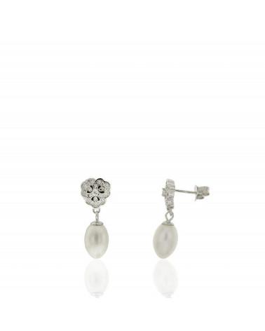 Pendiente de plata de ley 925 rodiada con perla colgando y circonitas microengastadas