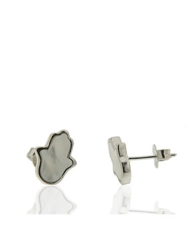 Pendiente de plata rodiada con forma de mano fatima con nácar de cierre de presión