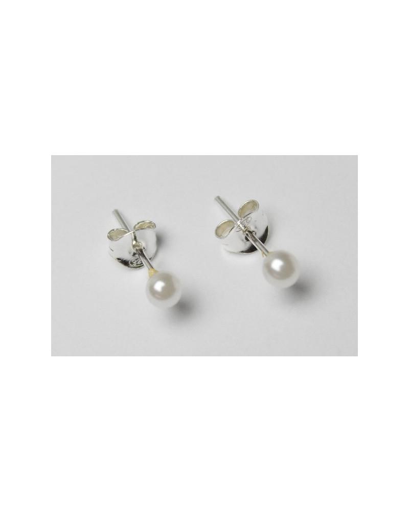 Pendiente de perla nacar 4mm