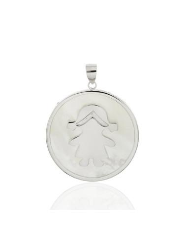 Colgante en plata rodiada con forma de niña con nacar