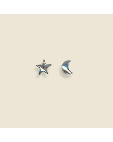 Pendiente de plata con forma de estrella y luna con cierre de presión