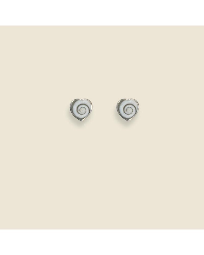 Pendiente de plata con forma de corazón ojo shiva con cierre de presión