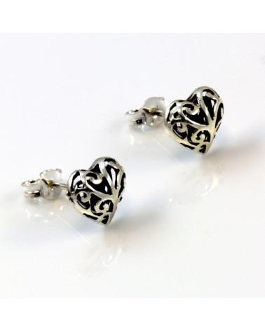 Pendiente de plata con forma corazón gotico con cierre de presión