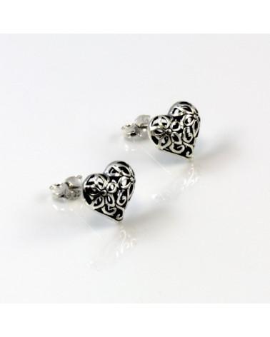 Pendiente de plata con forma de corazón gotico con cierre de presión